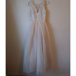 Lulus Maxi Dress XS Champagne Floral Lace Tulle